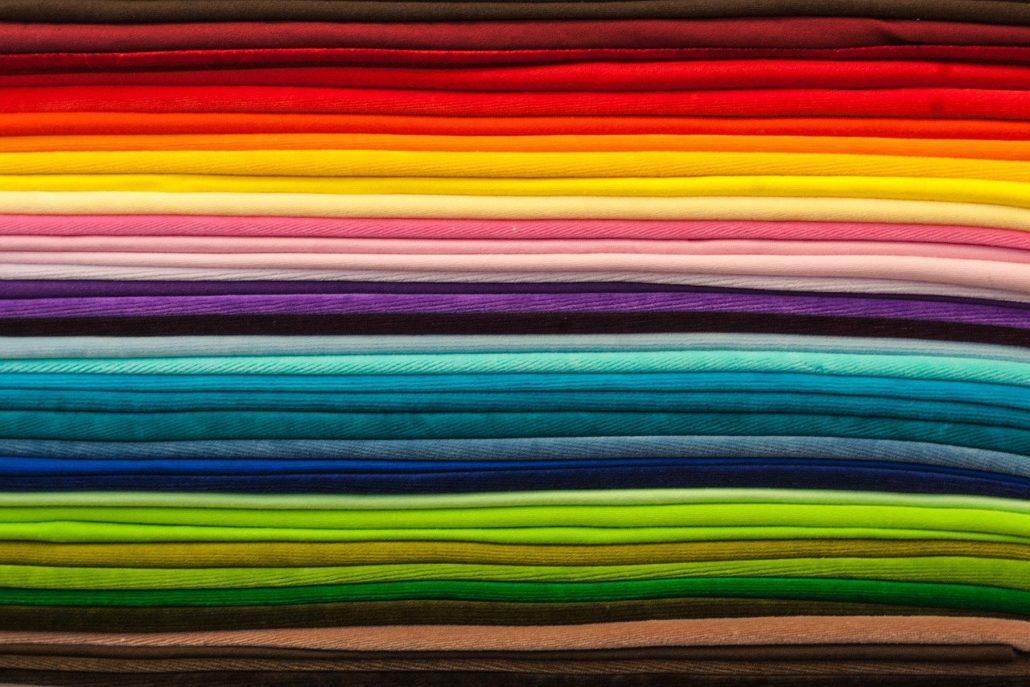 escolha de tecido para uniformes empresariais